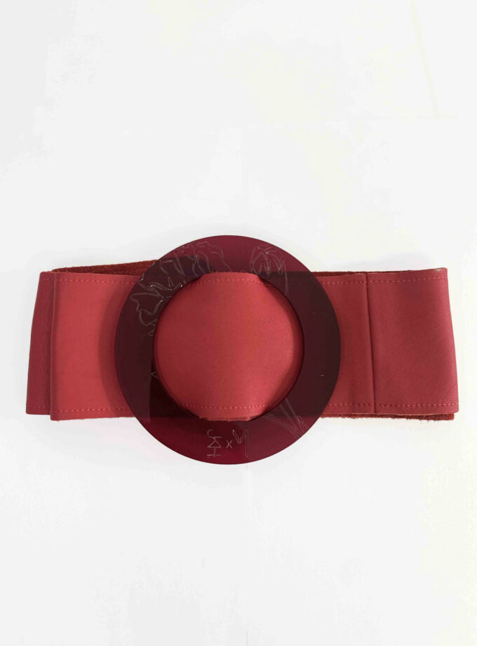 red wide belt