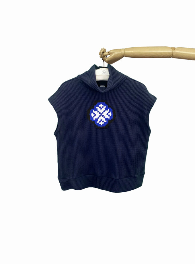 knit vest navy blue