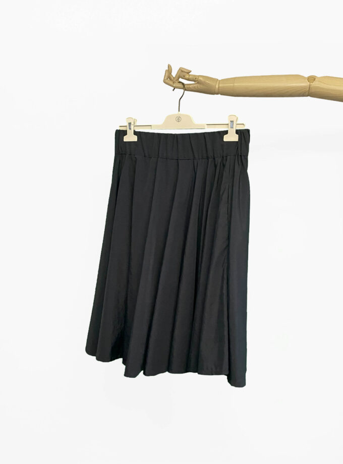 black circle skirt jkh julia kaja hrovat online shop black skirt