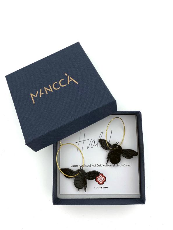 jkh honey bee black hoop earrings in gift box