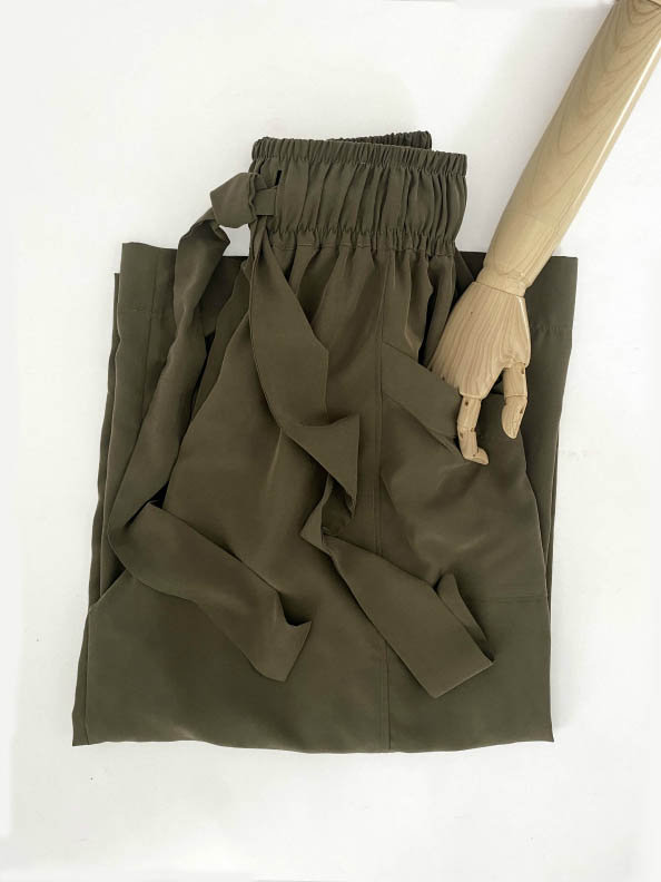 Helena wide leg trousers are light weight have elastic waist jkh